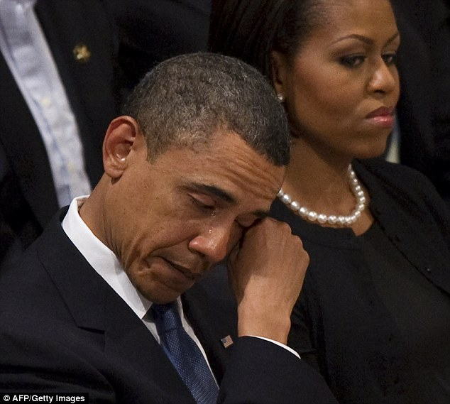 Obama_at_dorothy_heights_funeral